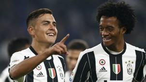 Juan Cuadrado y Paulo Dybala Juventus