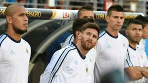 Jonatan Maidana Lionel Messi Victor Cuesta Sergio Aguero Argentina Chile Group D Copa America Centenario 06062016