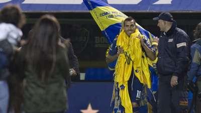 Carlos Tevez Returns to Boca Juniors