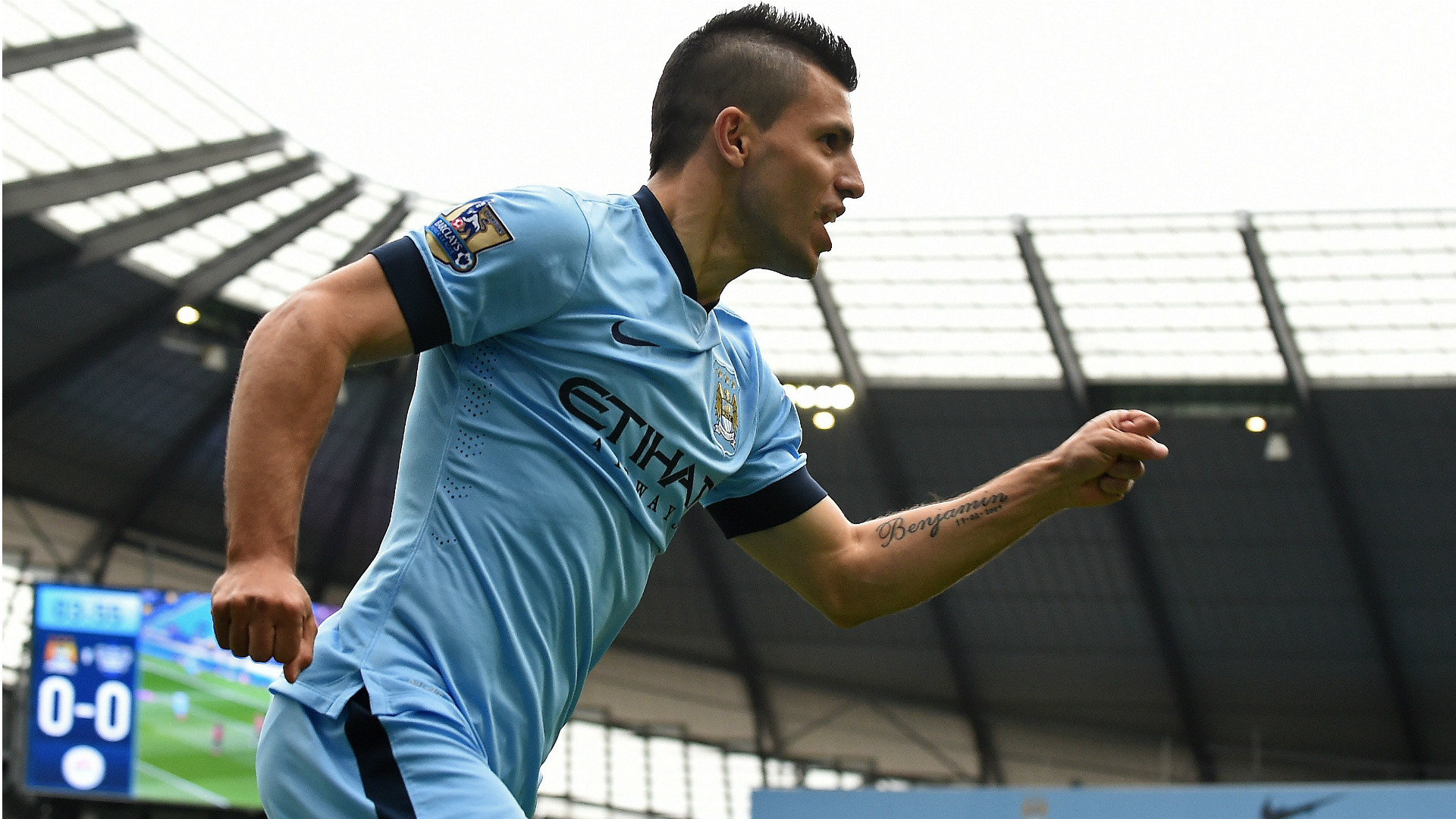 Sergio Aguero Manchester City QPR Premier League 10052015