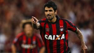 Lucho Gonzalez Atletico Paranaense Universidad Catolica Copa Libertadores 07032017