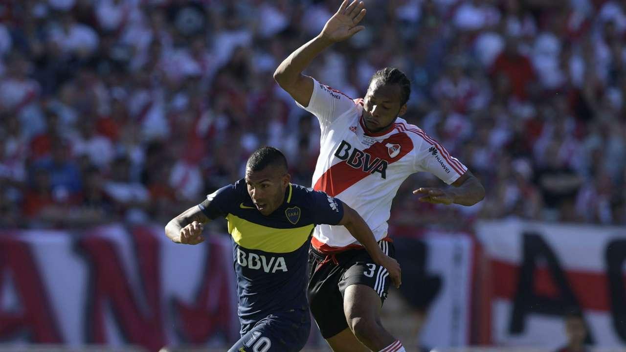 Carlos Tevez Arturo Mina River Boca Superclasico Torneo Primera Division 11122016