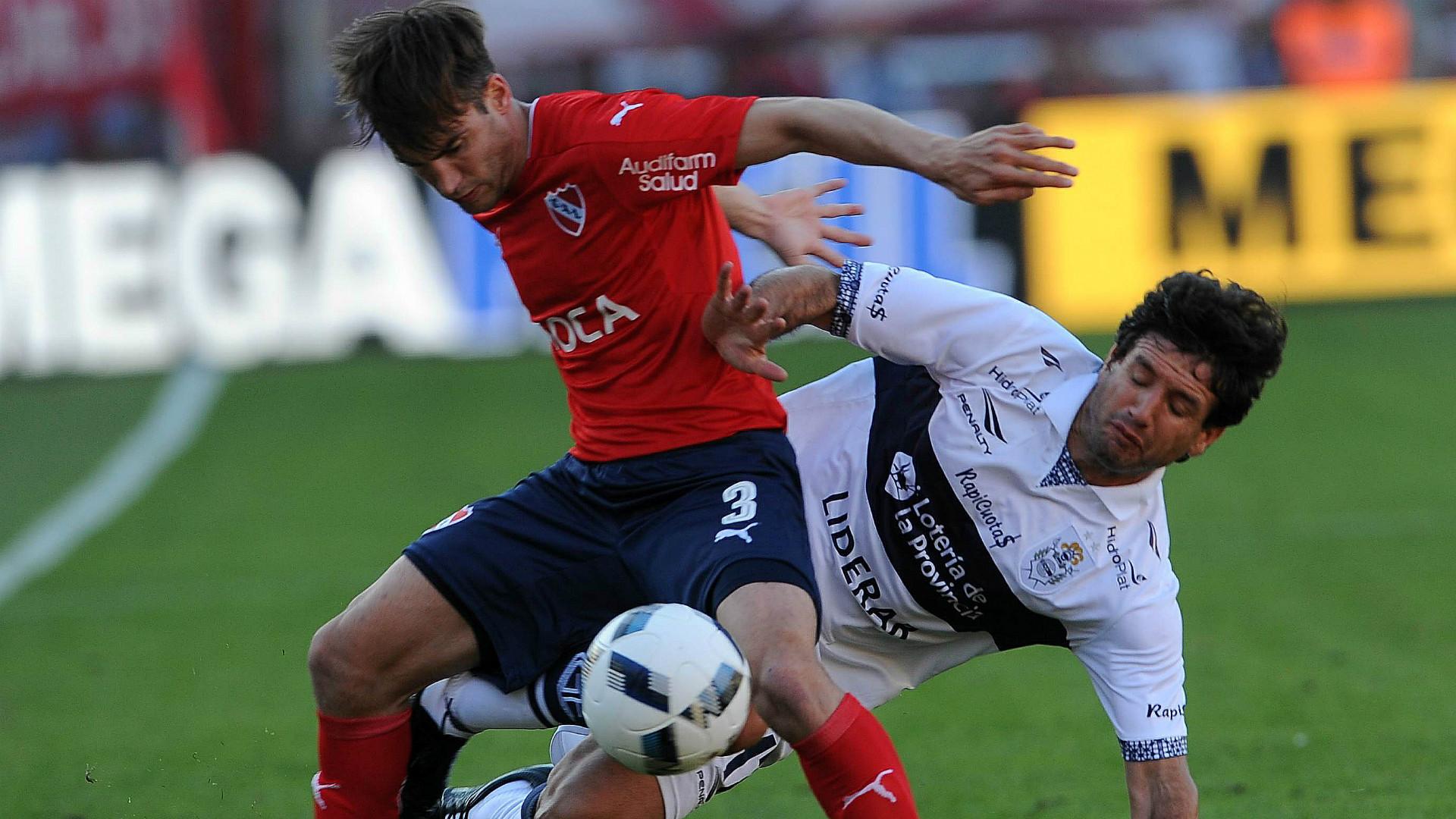 Nicolas Tagliafico Sebastian Romero Independiente Gimnasia Campeonato de Primera Division 29102016