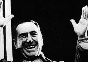 """El 17 de Octubre de 1945 el pueblo peronista, representado en una gran movilización obrera y sindical, exigió la liberación de Juan Domingo Perón. Fue un antes y después para la historia argentina ya que se lo conoce como """"El Día de la Lealtad"""", o el n..."""
