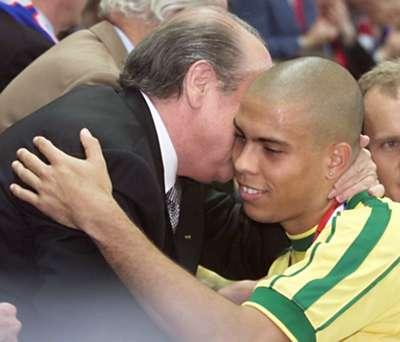 Joseph Blatter Ronaldo World Cup 1998
