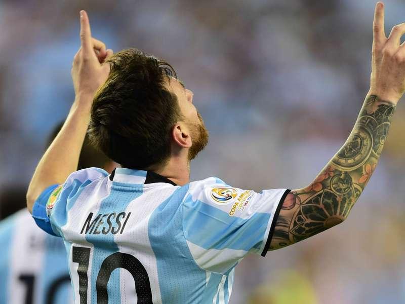 Messi plays down Argentina scoring record