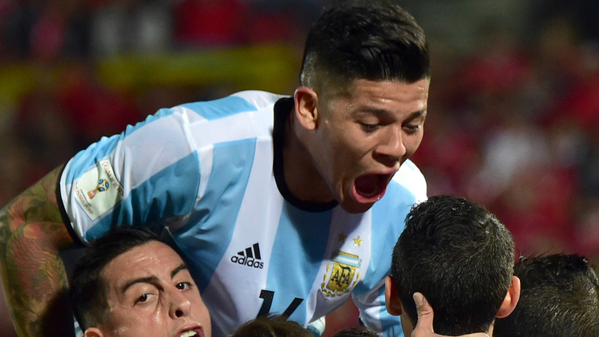 RUMOURS: Manchester United Planning To Keep Rojo
