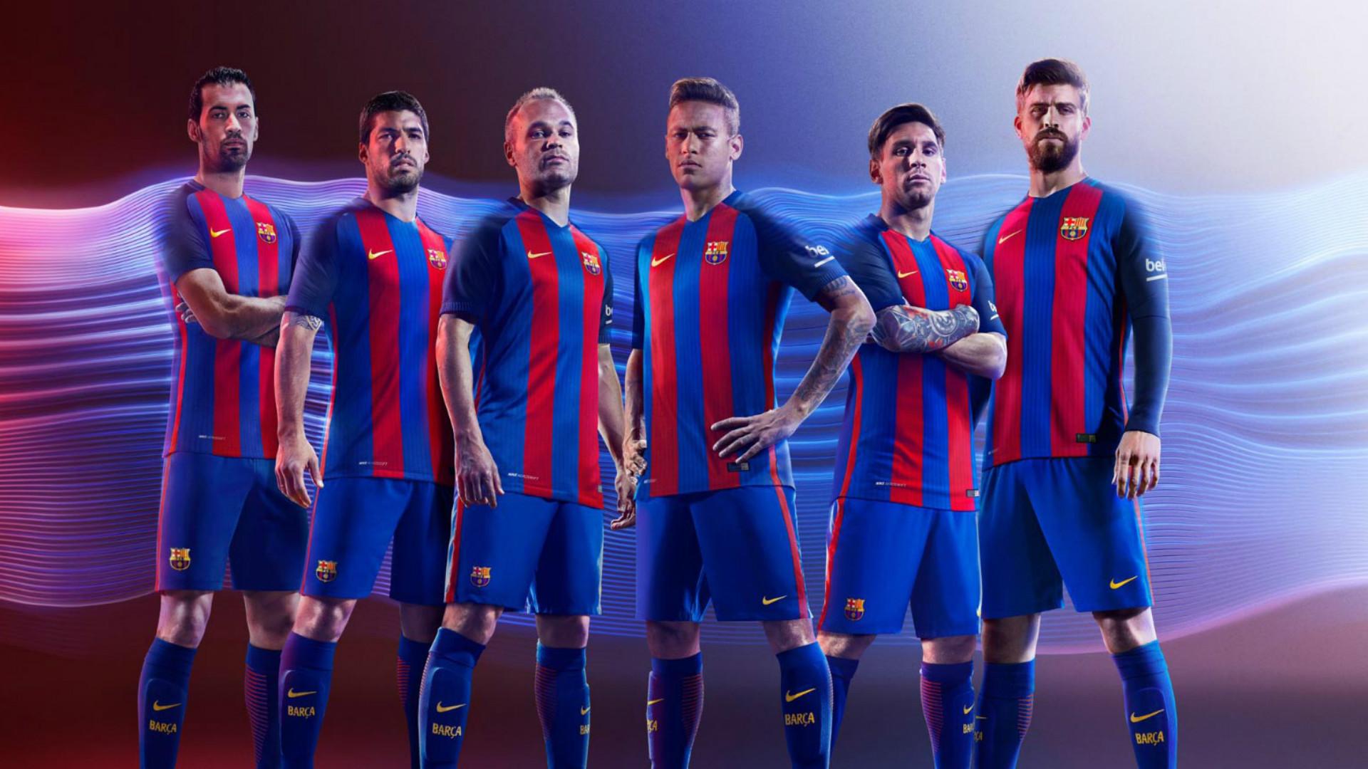 Daftar Lengkap Nominasi 100 Jersey Terbaik 2016 17 Celana Bola Grade Ori Madrid Away 2019 Barcelona Kit