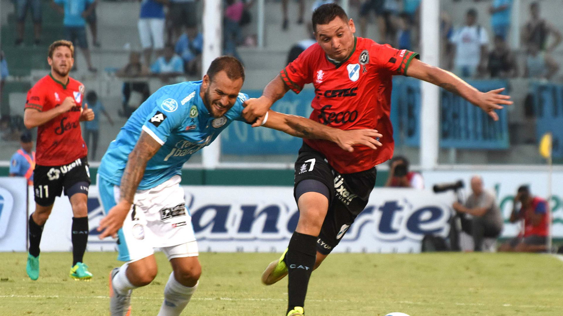 Aveldaño Gonzalo Rios Belgrano Temperley Primera Division 04122016