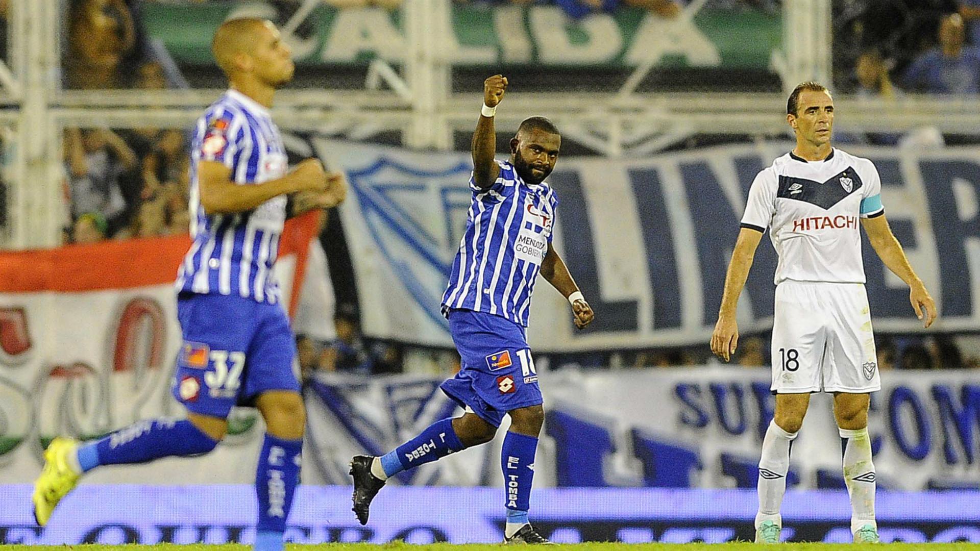 Santiago Garcia Leandro Somoza Velez Sarsfield Godoy Cruz Primera Division Argentina 030412016
