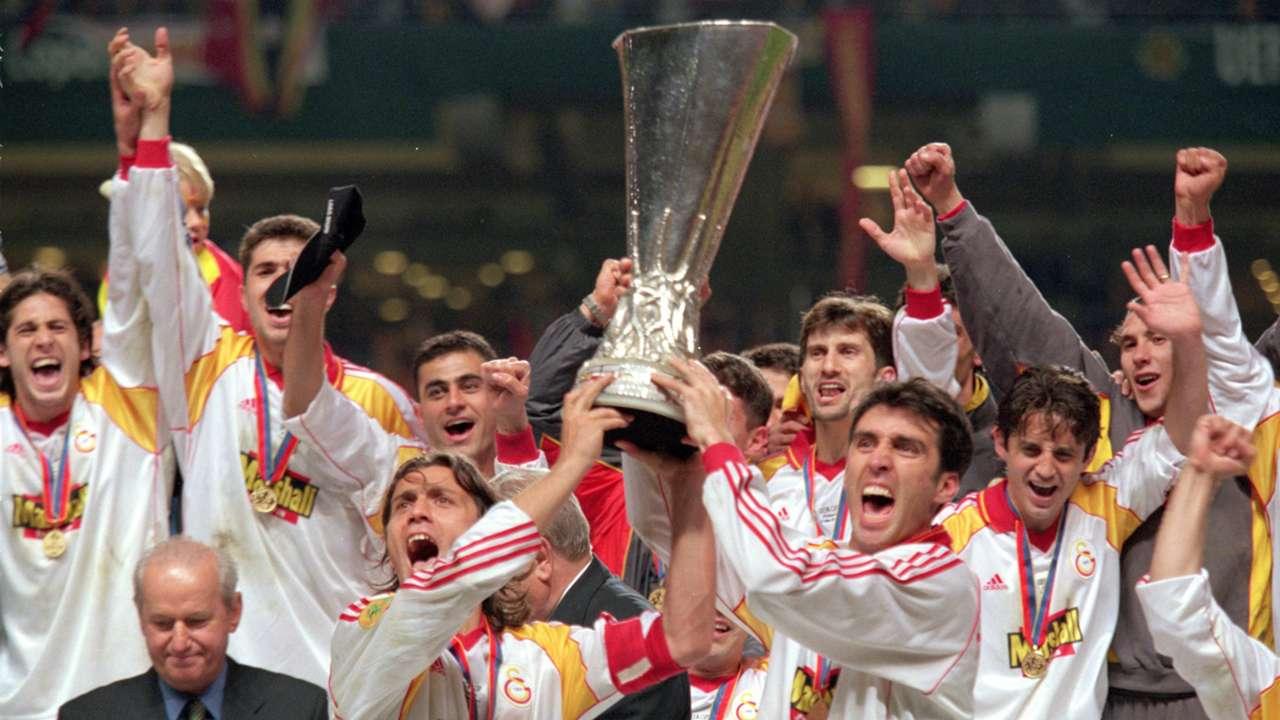 Resultado de imagen para hakan sukur copa uefa 2000