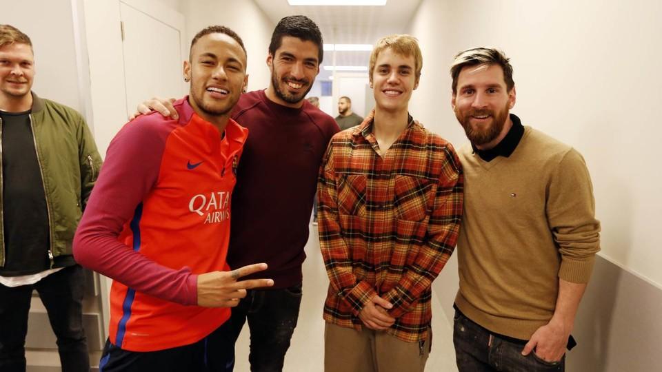 Neymar Luis Suarez Justin Bieber Lionel Messi Barcelona training session 21112016