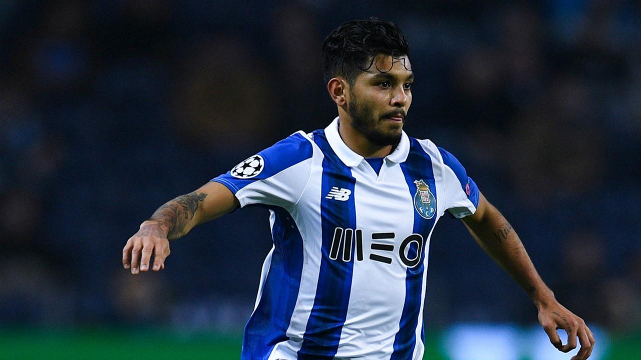 'Tecatito' Corona con el FC Porto