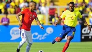 Arturo Vidal Antonio Valencia Ecuador Chile Eliminatorias 2018 06102016