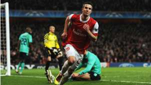 Robin van Persie Arsenal Barcelona Champions League 16022011