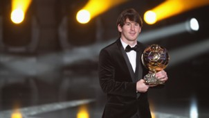 Looks Messi Ballon 2010 D'or Dolce & Gabbana