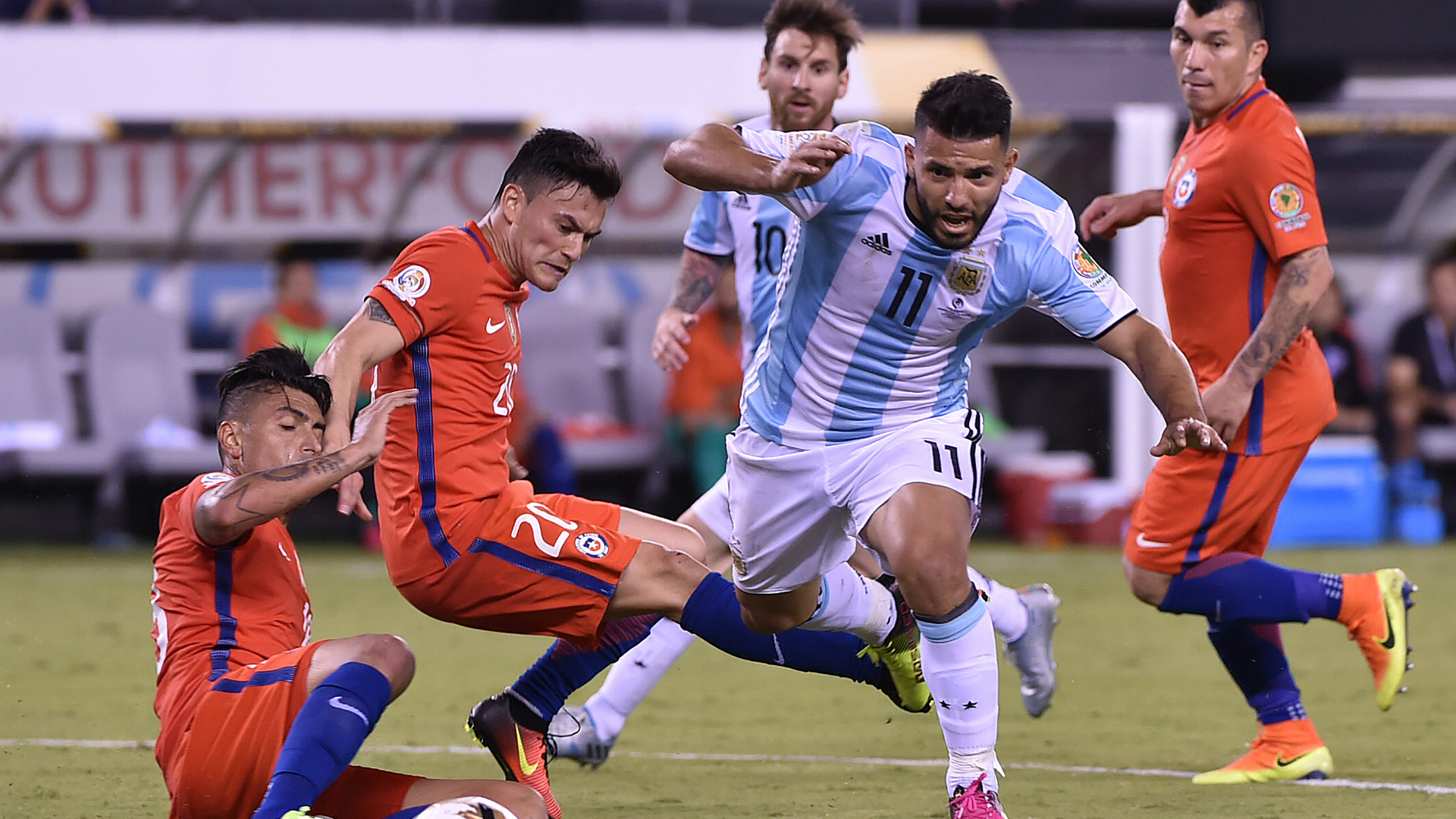 Sergio Aguero Argentina Chile Final Copa America Centenario 26062016