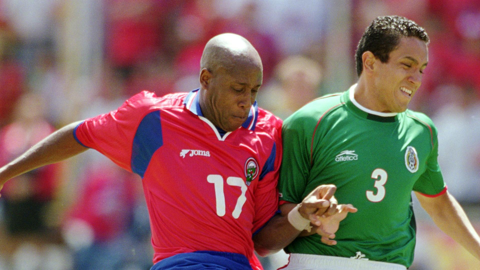Hernan Medford Mexico Costa Rica 2001 Hexagonal Concacaf