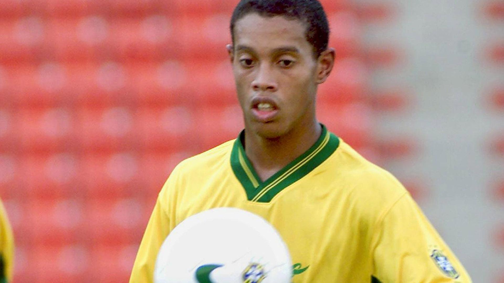 Ronaldinho Golden Ball Confederations Cup Brazil Mexico 1999