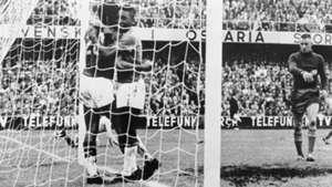 Pele Brazil v Sweden 1958 World Cup