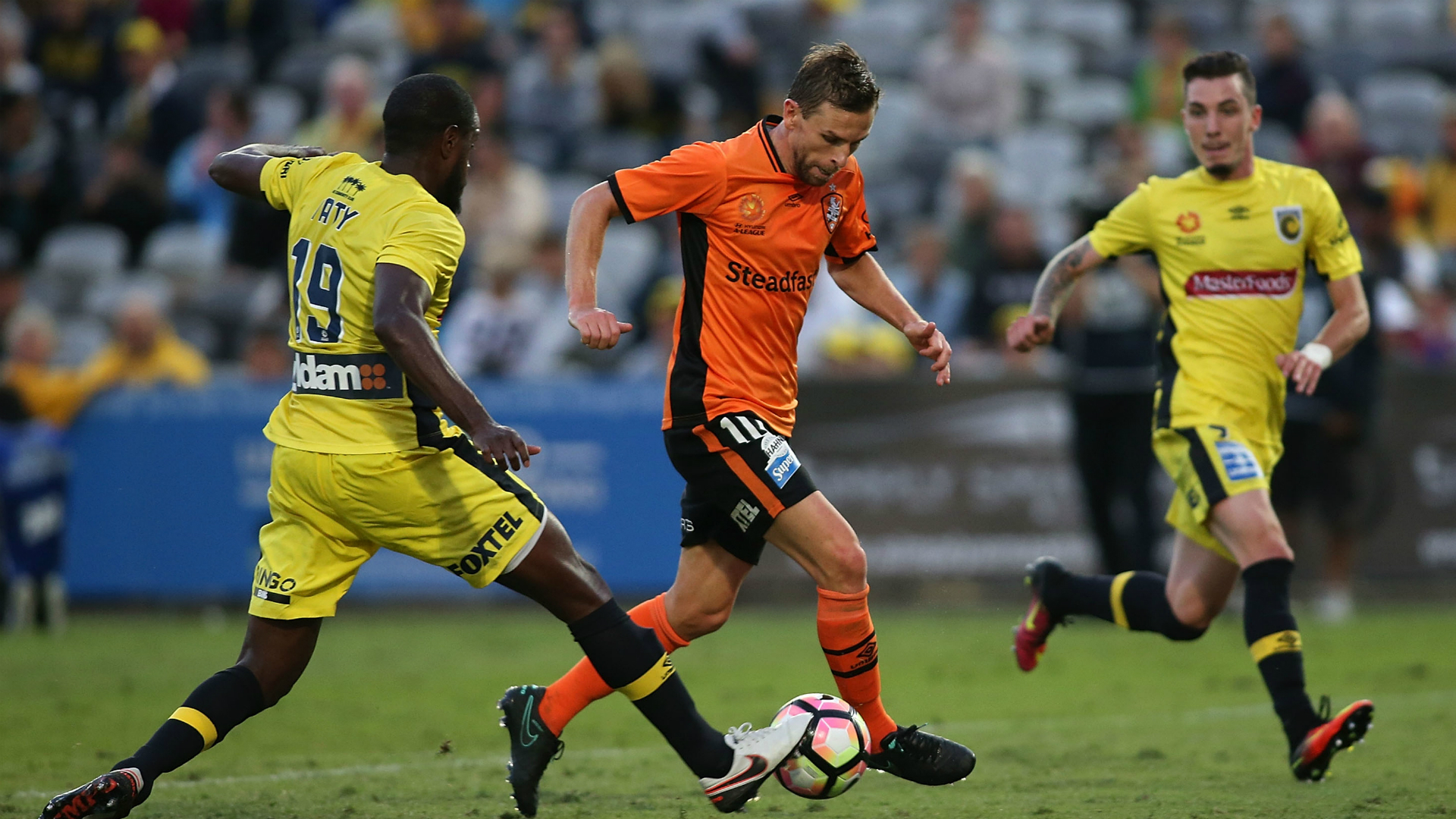 Brett Holman Central Coast Mariners v Brisbane Roar A-League 23102016