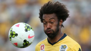Isaka Cernak Central Coast Mariners A-League 2014-15
