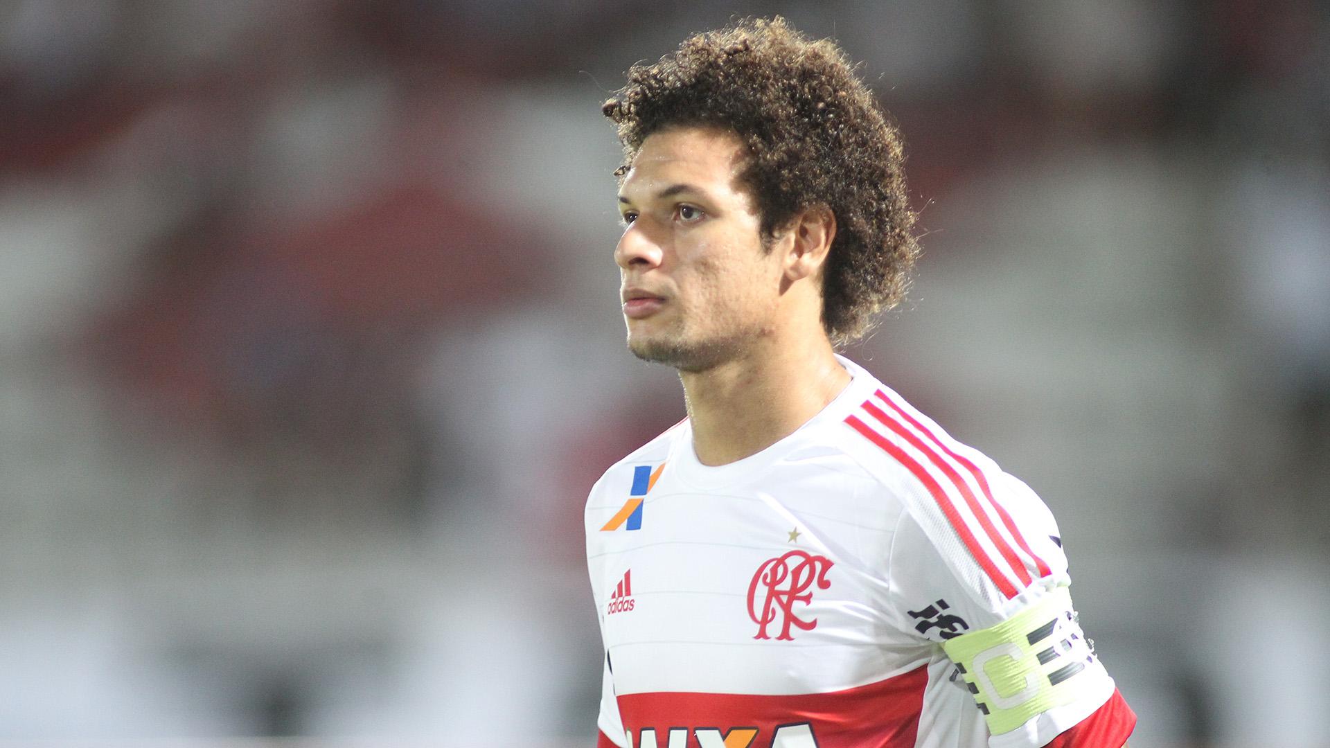 Willian Arão Vive O Pior Momento Com A Camisa Do Flamengo