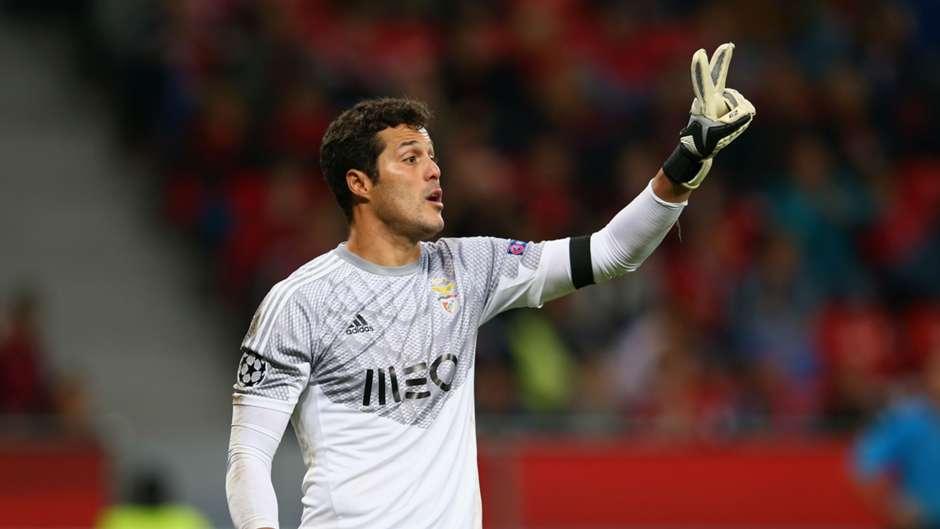 Julio Cesar Benfica 01112014