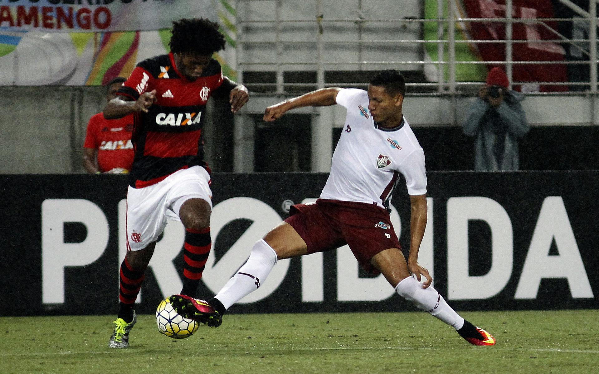 Richarlison - Rafael Vaz Fluminense vs Flamengo 26062016