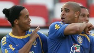 Ronaldinho Gaucho Adriano Brasil 07042016