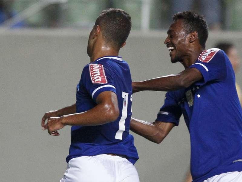 Atacante do Cruzeiro comemora evolução, e destaca momento do time