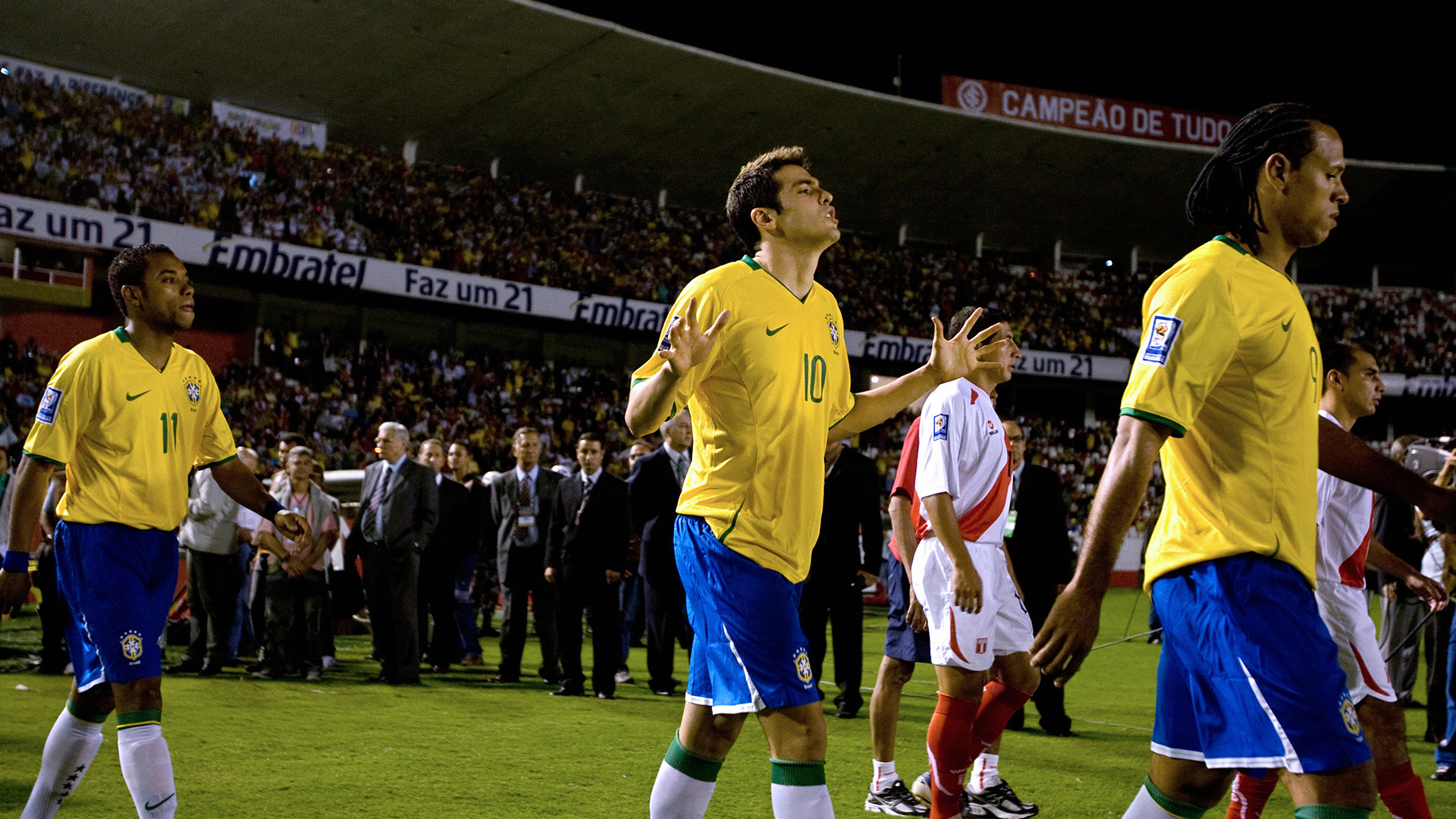 Robinho Kaka Luis Fabiano Brazil Peru Beira-Rio 02042009
