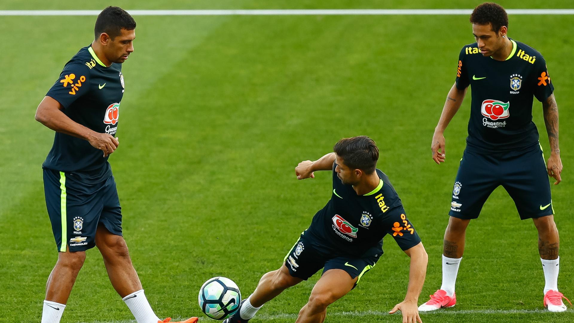 Diego Souza, Diego e Neymar - Brasil - 27/03/2017