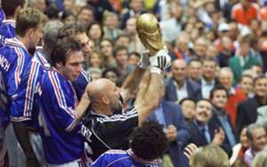 Fabien Barthez - France 1998