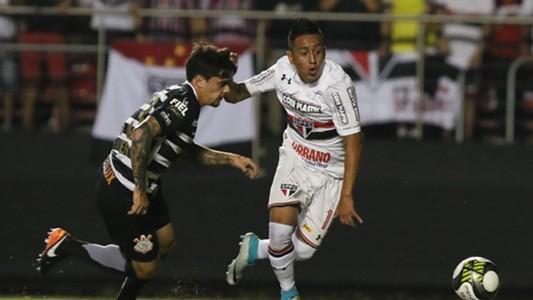 Fagner Christian Cueva Sao Paulo Corinthians Paulista 16042017