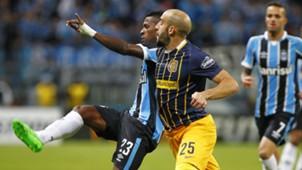 Miler Bolanos Javier Pinola Grêmio Copa Libertadores Copa Libertadores 27042016