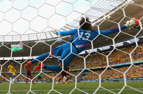 Guillermo Ochoa Brazil Mexico World Cup 20140617