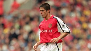Sylvinho - Arsenal - 26/08/2000