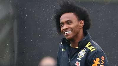 Willian Brazil training Copa America 06062016