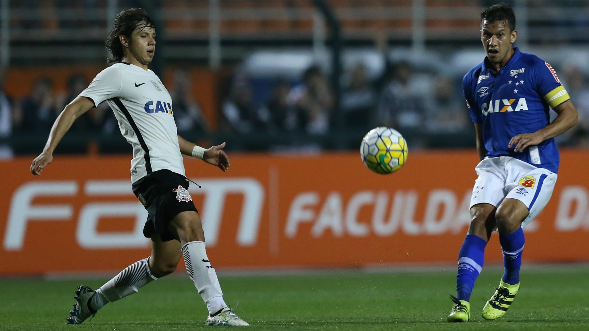 Henrique Corinthians Cruzeiro Campeonato Brasileiro 08082016