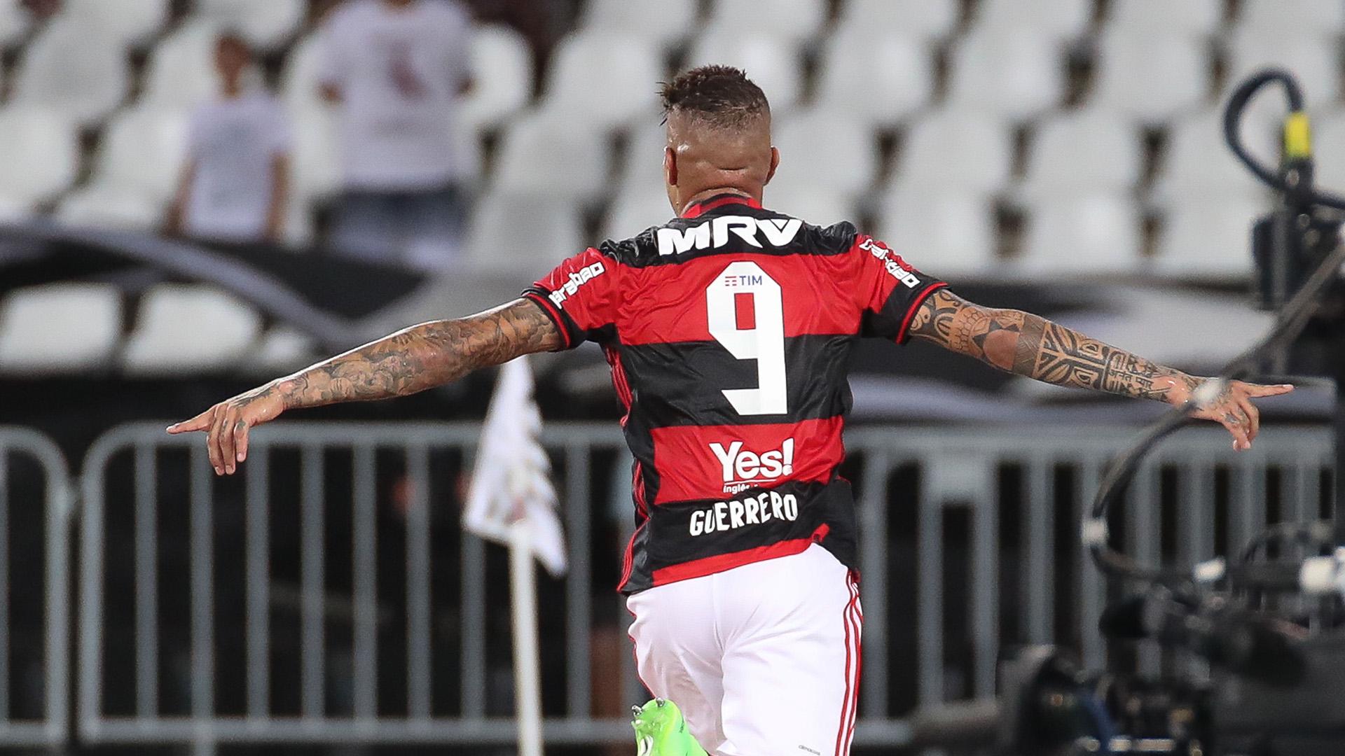 Paolo Guerrero Botafogo Flamengo Carioca 12022017