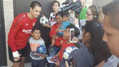 Chicharito Bayer Leverkusen com torcedores Florida Cup 05 01 17