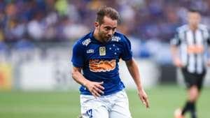 Éverton Ribeiro Cruzeiro Atlético Mineiro Brasileirão 09212014
