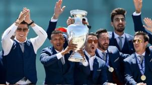 Cristiano Ronaldo Nani festa de Portugal em Lisboa 11 07 16