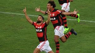 Diego Ribas Willian Arao Flamengo San Lorenzo Libertadores 08032017