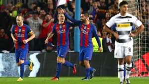 Iniesta Arda Turan Barcelona Gladbach Champions League 06 12 2016