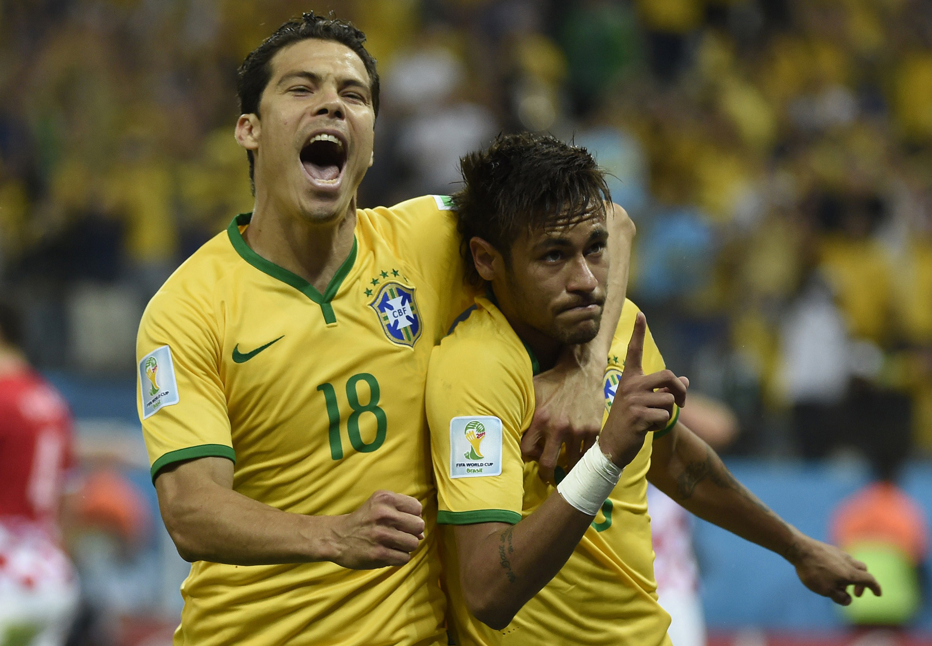 Hernanes Neymar Brazil Croatia 2014 World Cup Group A 06122014