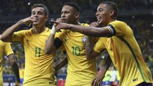 Gabriel Jesus Coutinho Neymar Brasil Argentina Eliminatorias 2018 10112016