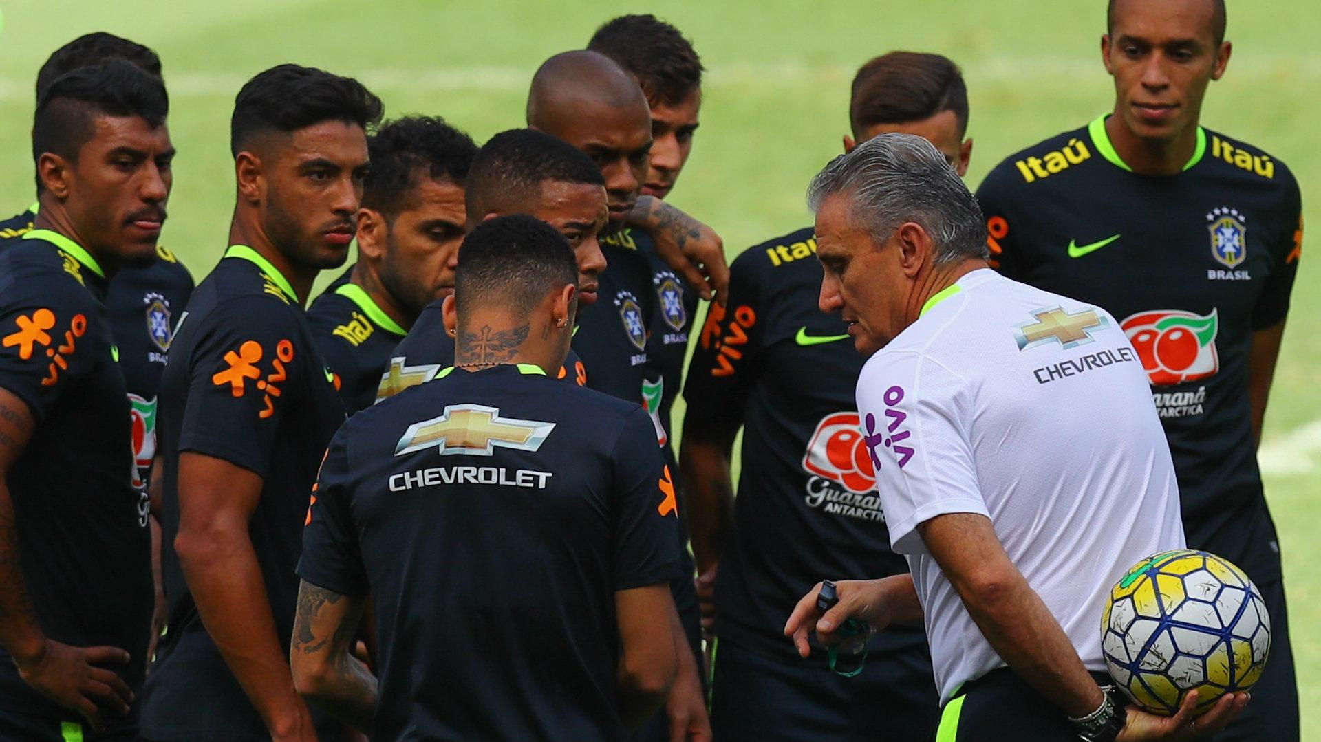 Tite players Brazil training 09112016