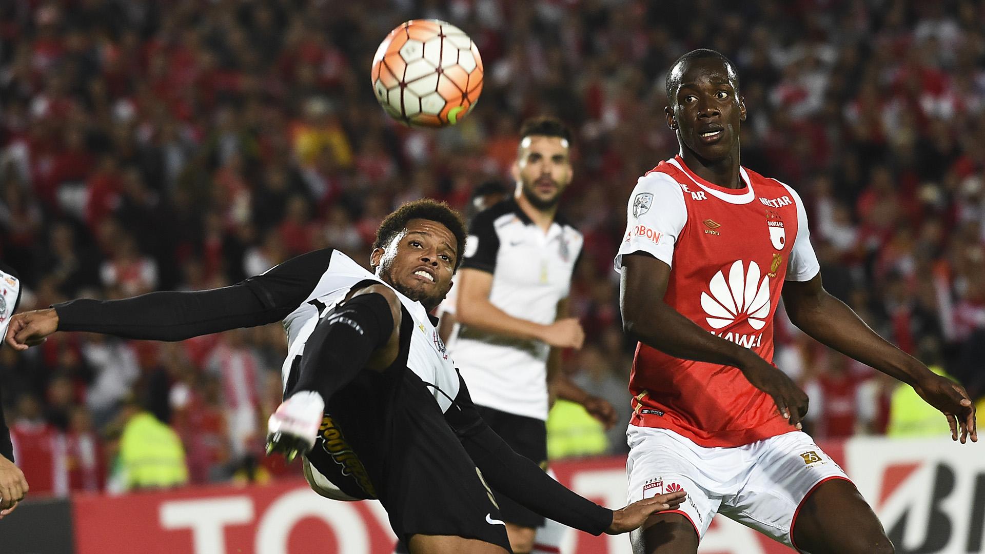 Baldomero Perlaza André Ribeiro Santa Fe Corinthians Copa Libertadores 04062016
